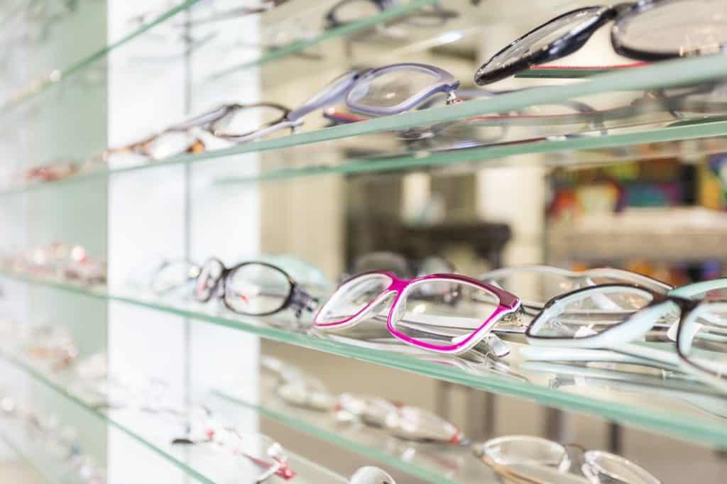 סוגים שונים של משקפיים